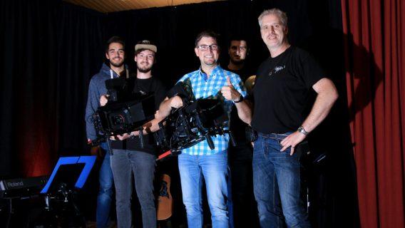Gruppenbild mit Stefan Otto nach einer Live Aufzeichnung